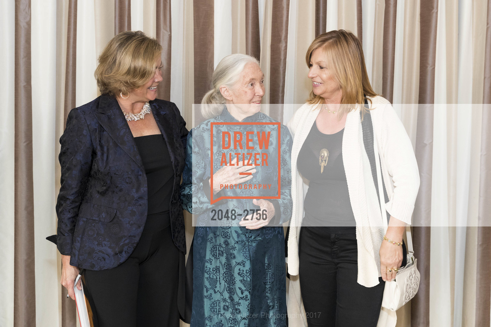 Karen Kohlberg, Jane Goodall, Diana Kutlow, Photo #2048-2756