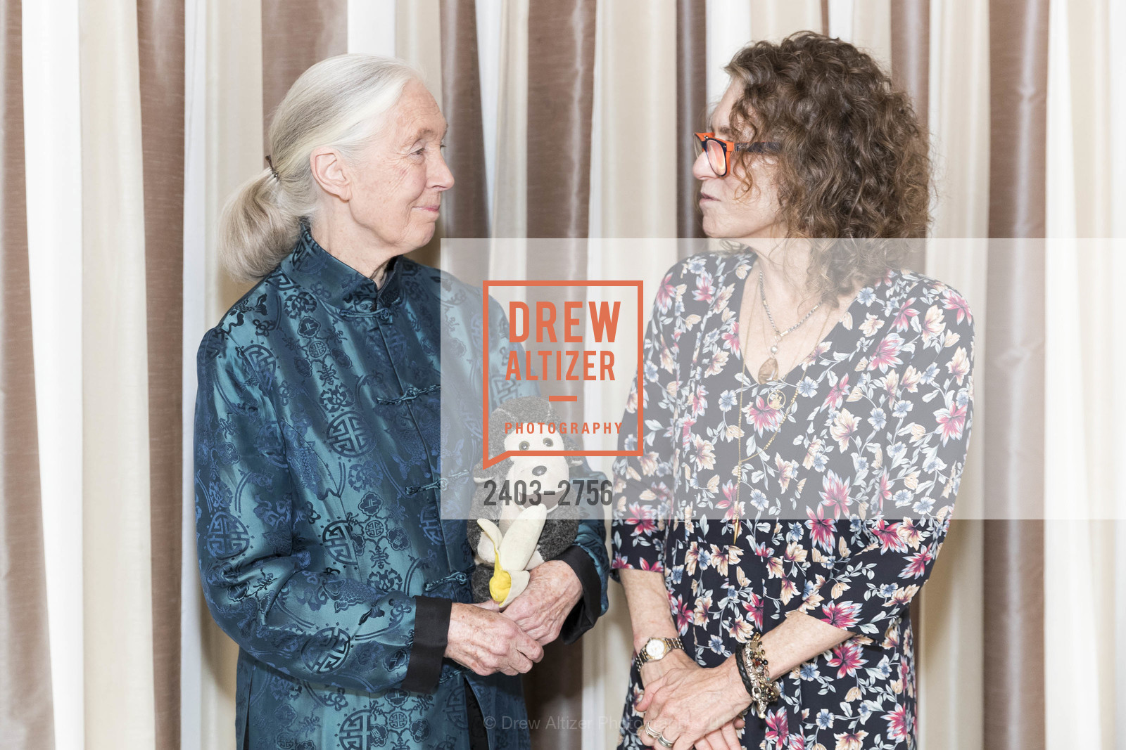 Jane Goodall, Sudie Rakusin, Photo #2403-2756