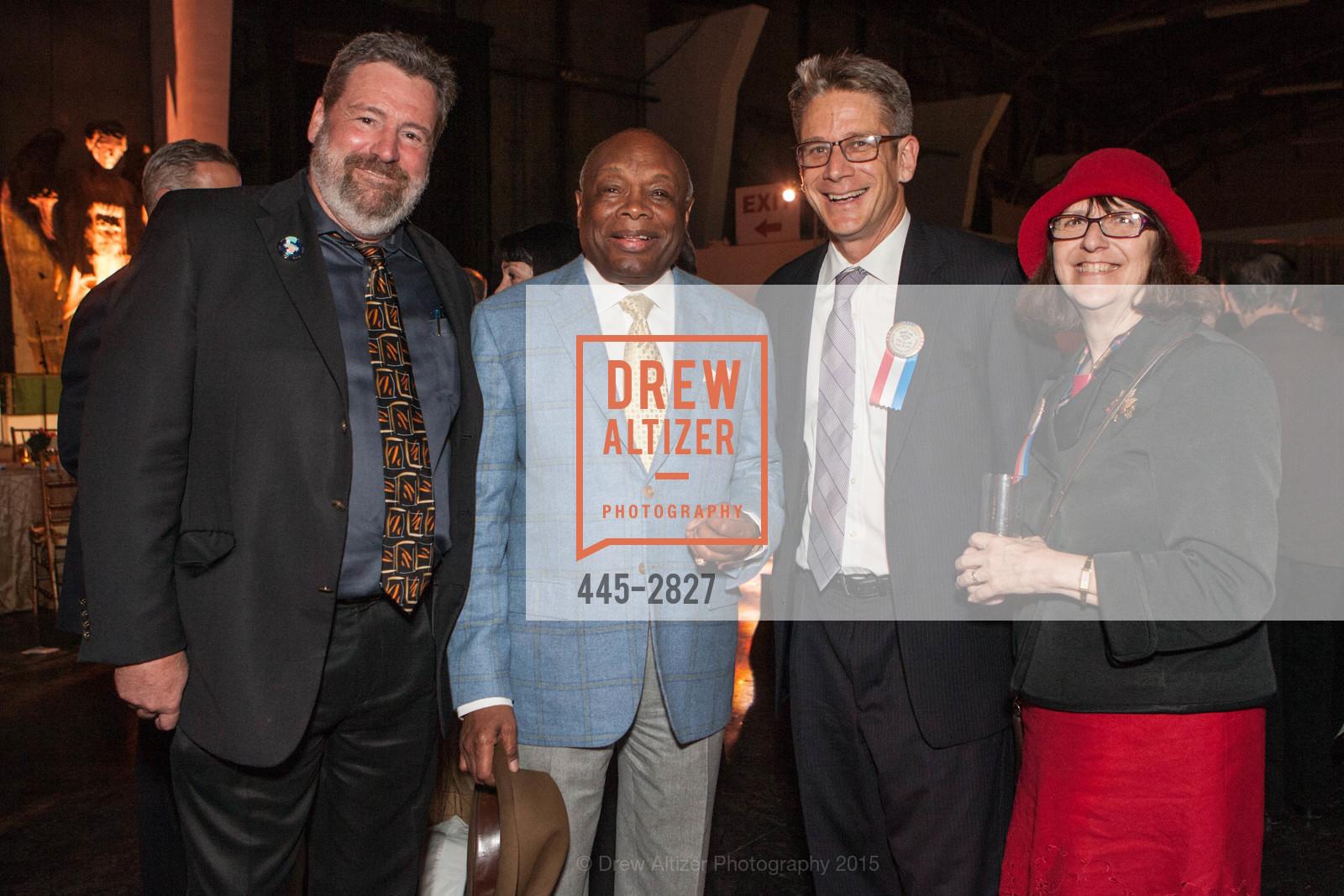 Willie Brown, Photo #445-2827