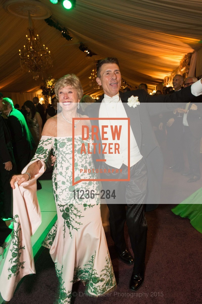 Maria Pitcairn, Robert Beadle, Opera Ball 2015: Moonlight & Music, War Memorial Opera House. 301 Van Ness Ave, September 11th, 2015,Drew Altizer, Drew Altizer Photography, full-service agency, private events, San Francisco photographer, photographer california