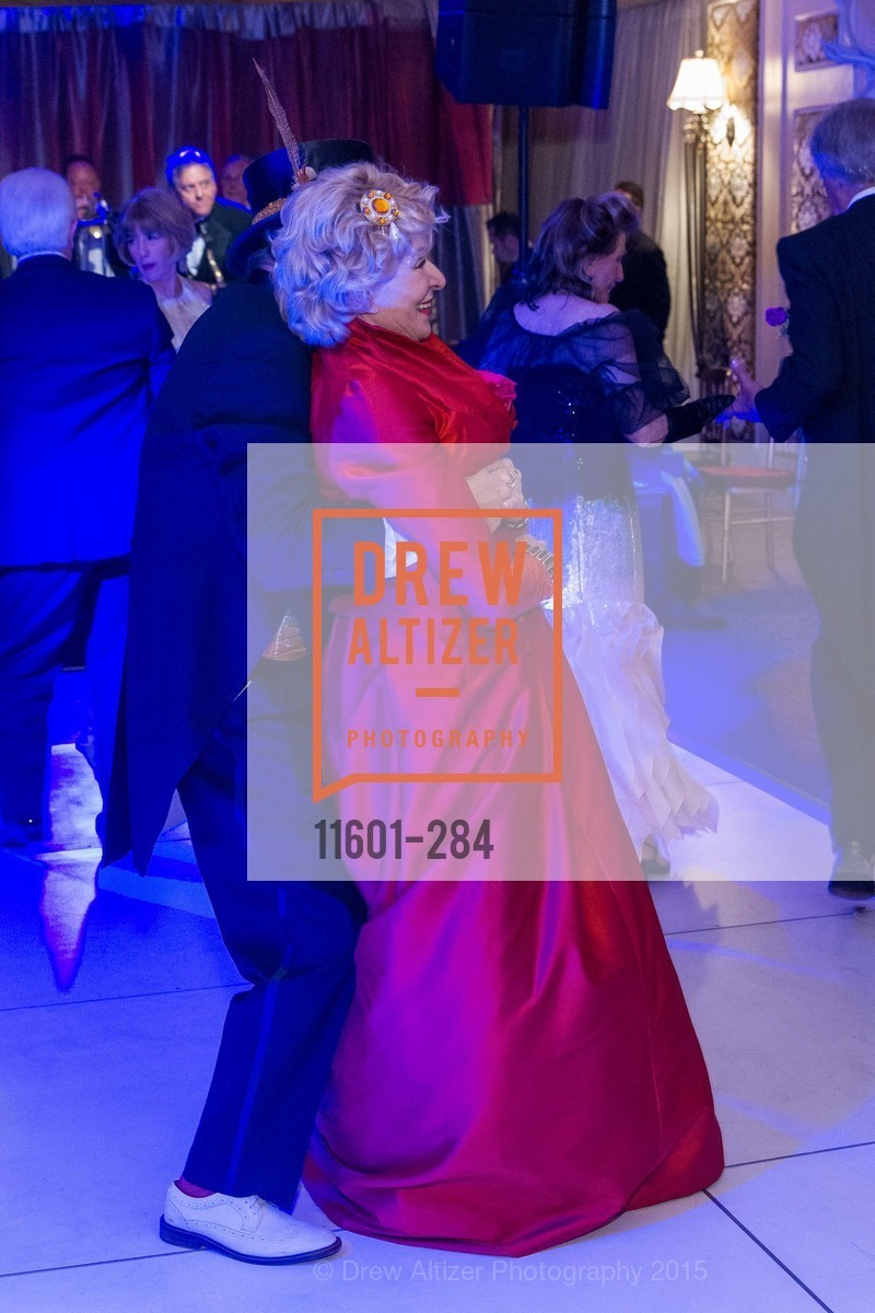 Jennifer MacCready, Opera Ball 2015: Moonlight & Music, War Memorial Opera House. 301 Van Ness Ave, September 11th, 2015,Drew Altizer, Drew Altizer Photography, full-service agency, private events, San Francisco photographer, photographer california