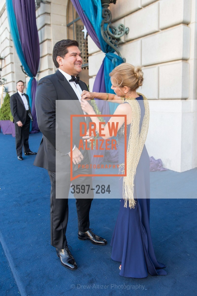 Eric Rodriguez, Noelle von Tesmar, Opera Ball 2015: Moonlight & Music, War Memorial Opera House. 301 Van Ness Ave, September 11th, 2015,Drew Altizer, Drew Altizer Photography, full-service event agency, private events, San Francisco photographer, photographer California