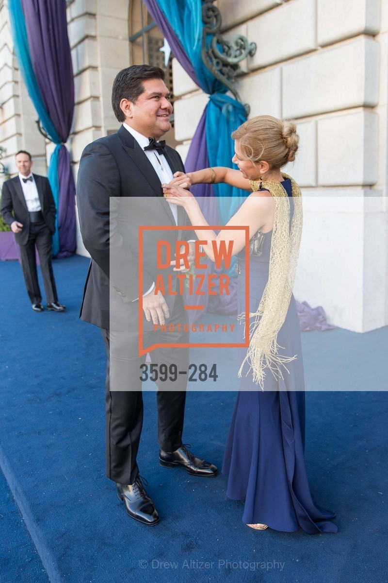 Eric Rodriguez, Noelle von Tesmar, Opera Ball 2015: Moonlight & Music, War Memorial Opera House. 301 Van Ness Ave, September 11th, 2015,Drew Altizer, Drew Altizer Photography, full-service agency, private events, San Francisco photographer, photographer california