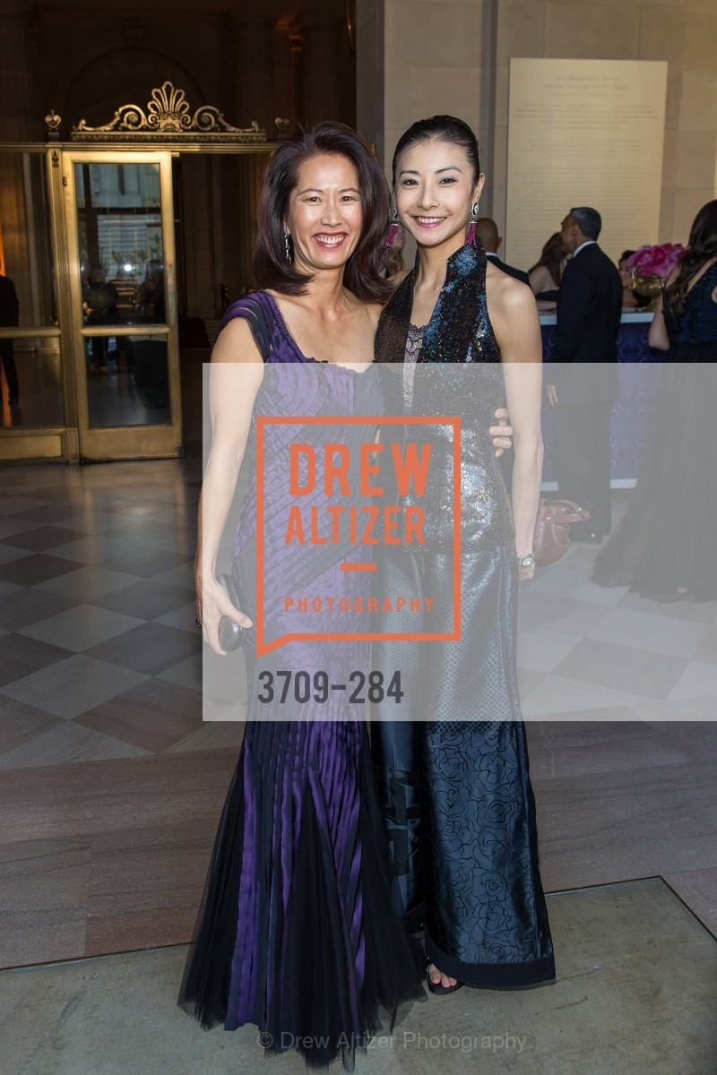 Anita Westly, Yuan Yuan Tan, Opera Ball 2015: Moonlight & Music, War Memorial Opera House. 301 Van Ness Ave, September 11th, 2015,Drew Altizer, Drew Altizer Photography, full-service agency, private events, San Francisco photographer, photographer california