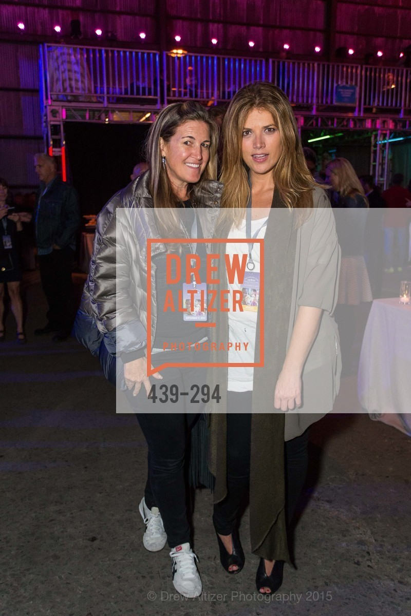 Hilary Armstrong, Clarissa Nicosia, The Concert For UCSF Benioff Children's Hospital, Pier 70, September 17th, 2015,Drew Altizer, Drew Altizer Photography, full-service agency, private events, San Francisco photographer, photographer california