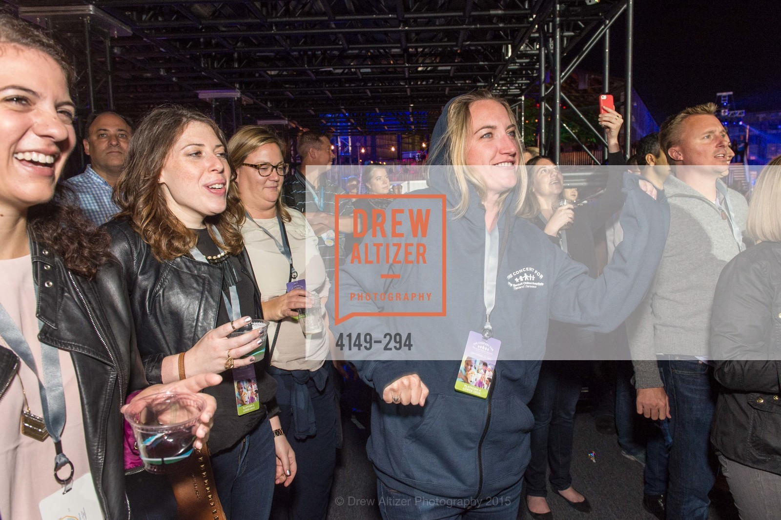 Audience, The Concert For UCSF Benioff Children's Hospital, Pier 70, September 17th, 2015,Drew Altizer, Drew Altizer Photography, full-service agency, private events, San Francisco photographer, photographer california