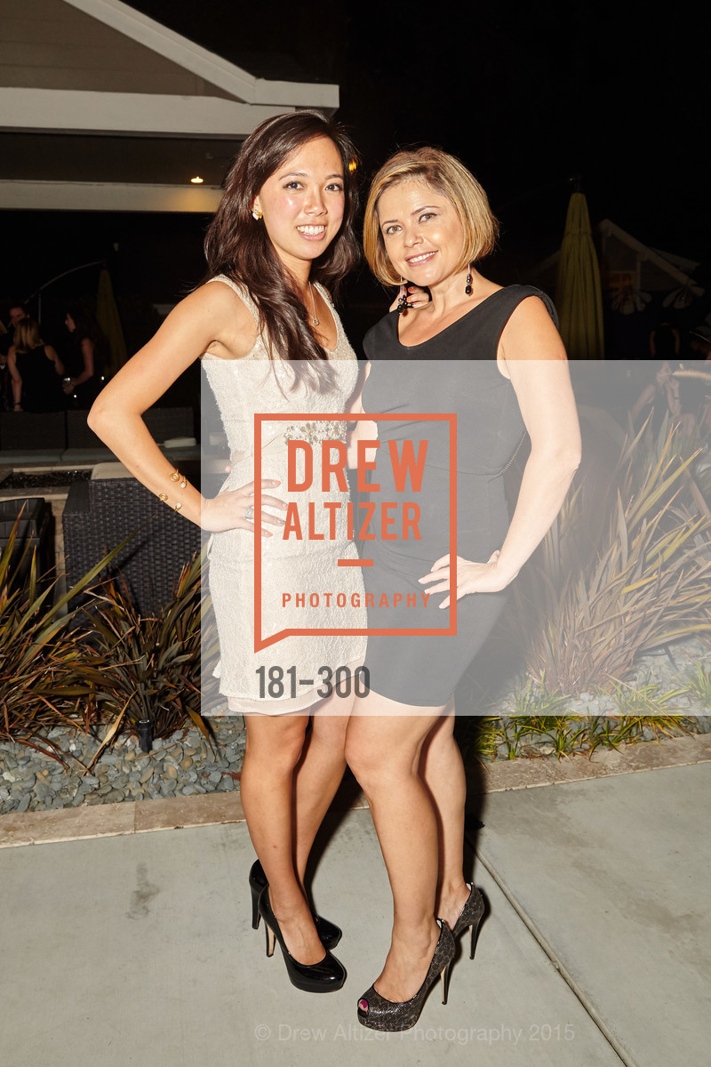 Helen Chen, Jonika Hoomes, Breast Cancer Awareness Fund Presents This Old Bag Silicon Valley Preview Party, Private Residence, September 19th, 2015,Drew Altizer, Drew Altizer Photography, full-service agency, private events, San Francisco photographer, photographer california