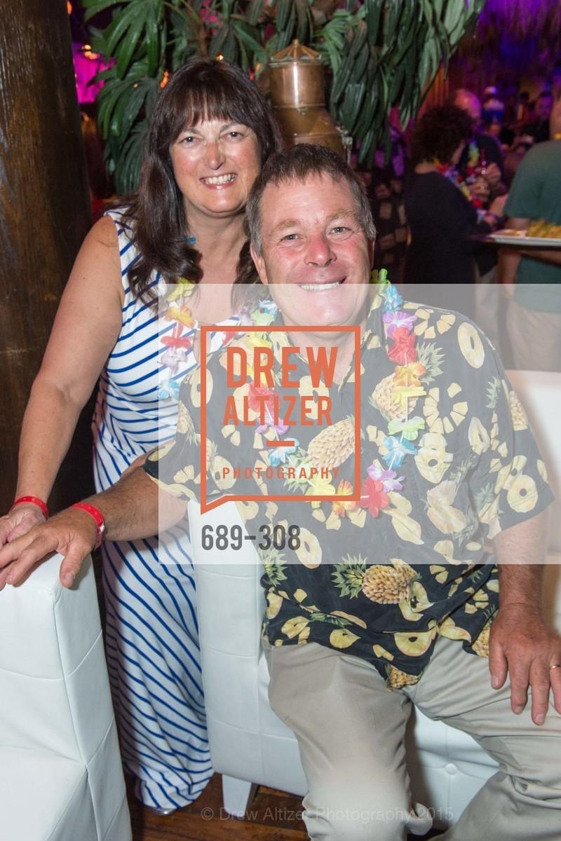 Gail Brodie, Chris Brodie, Photo #689-308
