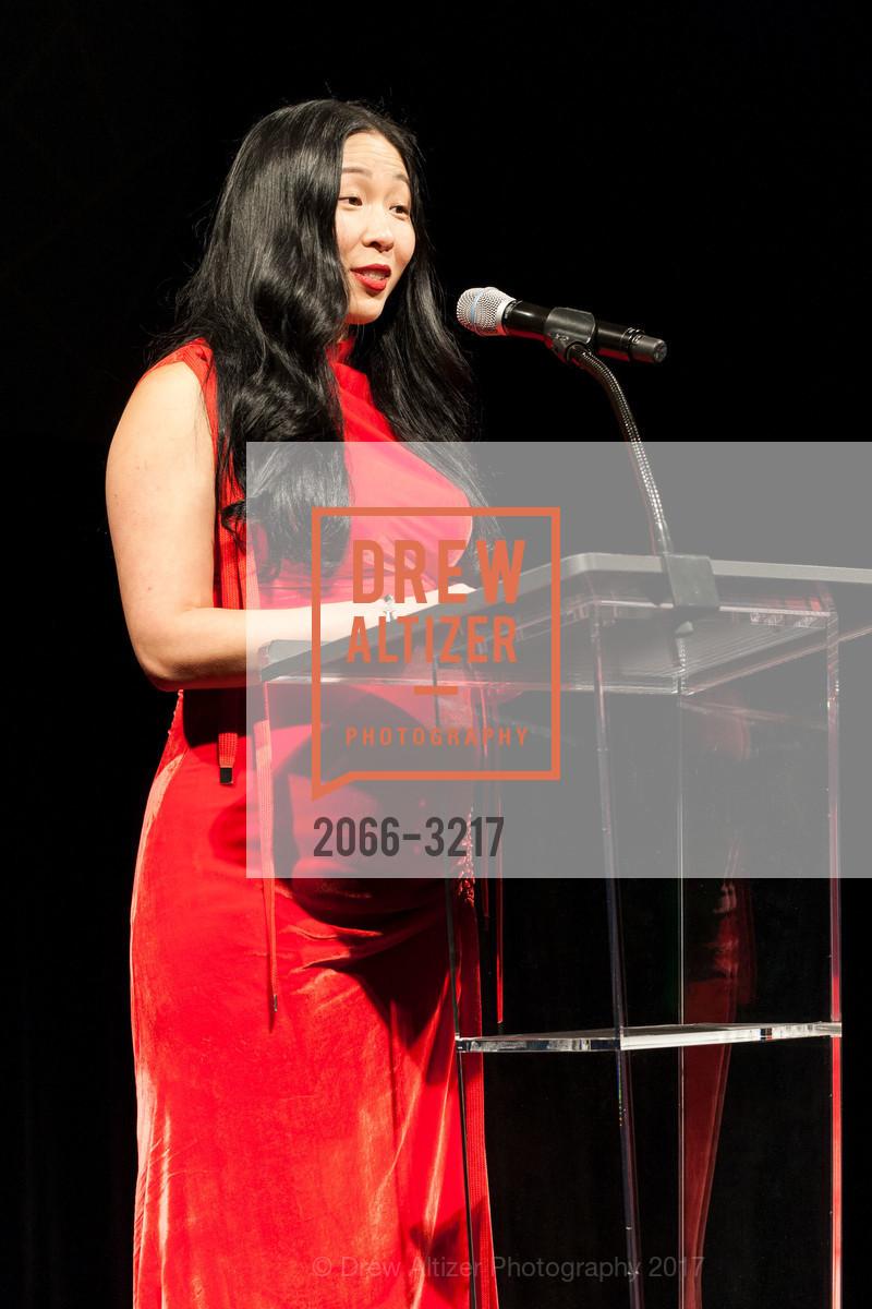 Sonya Yu, Photo #2066-3217