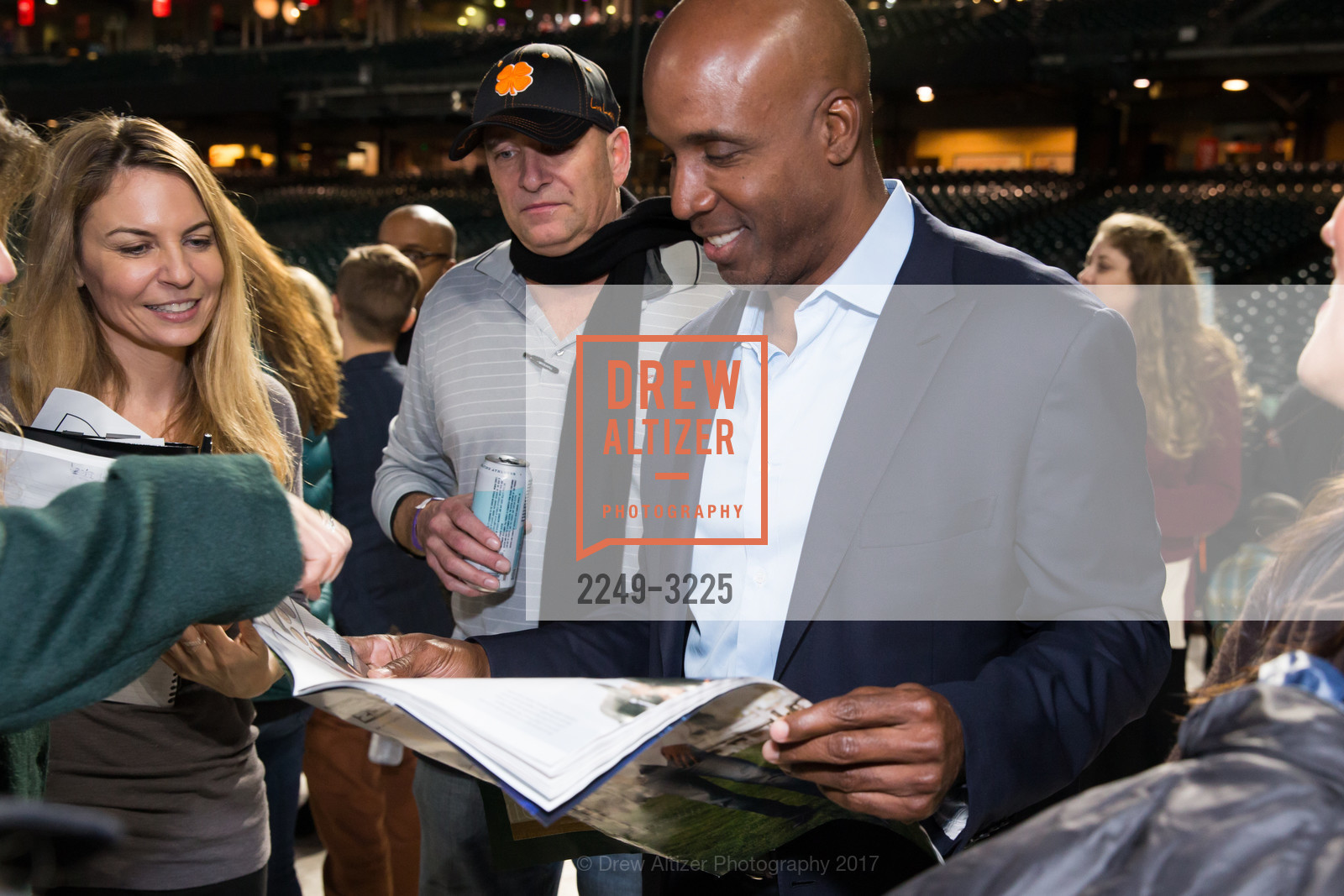Barry Bonds, Photo #2249-3225