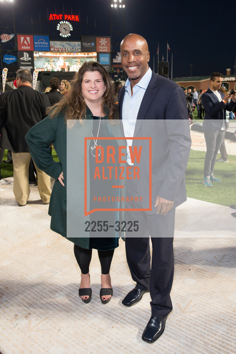 Amy Wender-Hoch, Barry Bonds, Photo #2255-3225