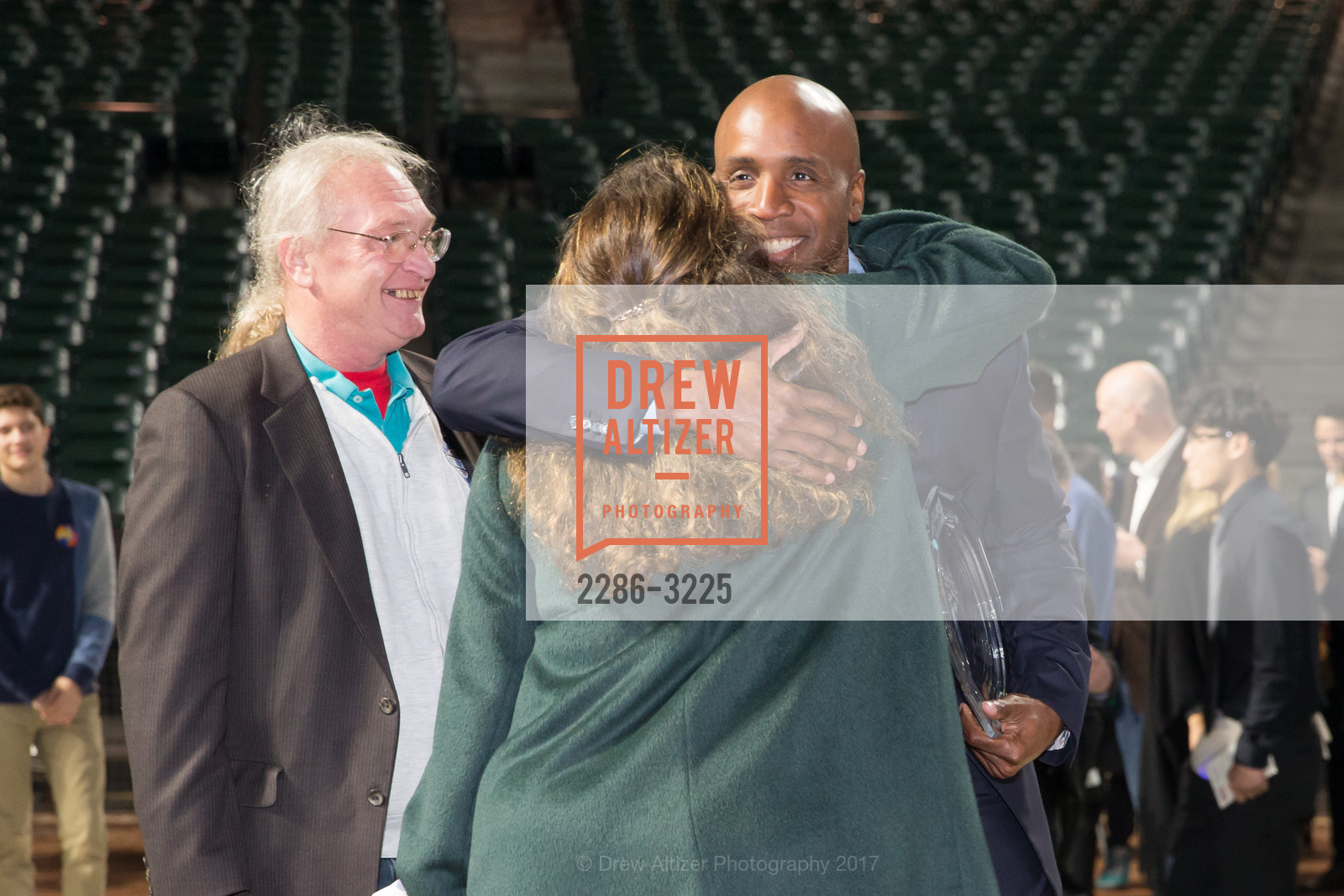 Mike Herbst, Barry Bonds, Photo #2286-3225