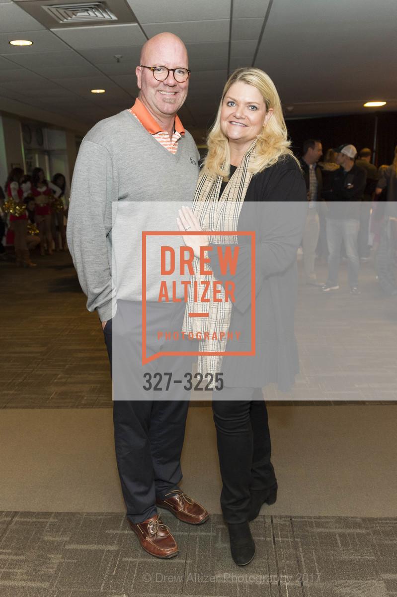 Jeff Roberts, Kate Roberts, Photo #327-3225