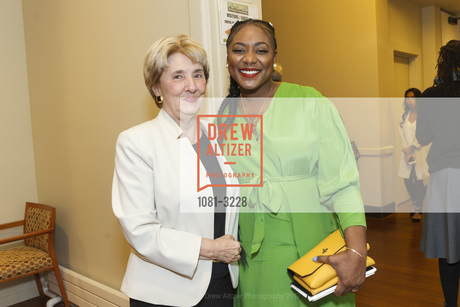 Esta Soler, Alicia Garza, Photo #1081-3228