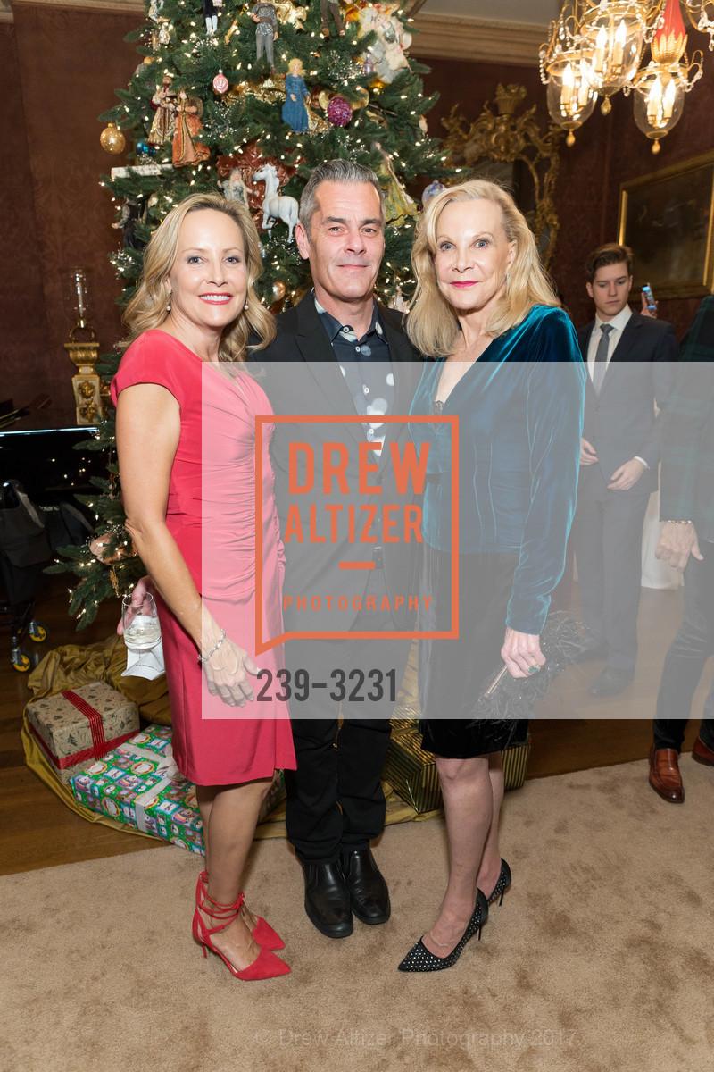 Denise Ivory, Brian Murphy, Carole McNeil, Photo #239-3231