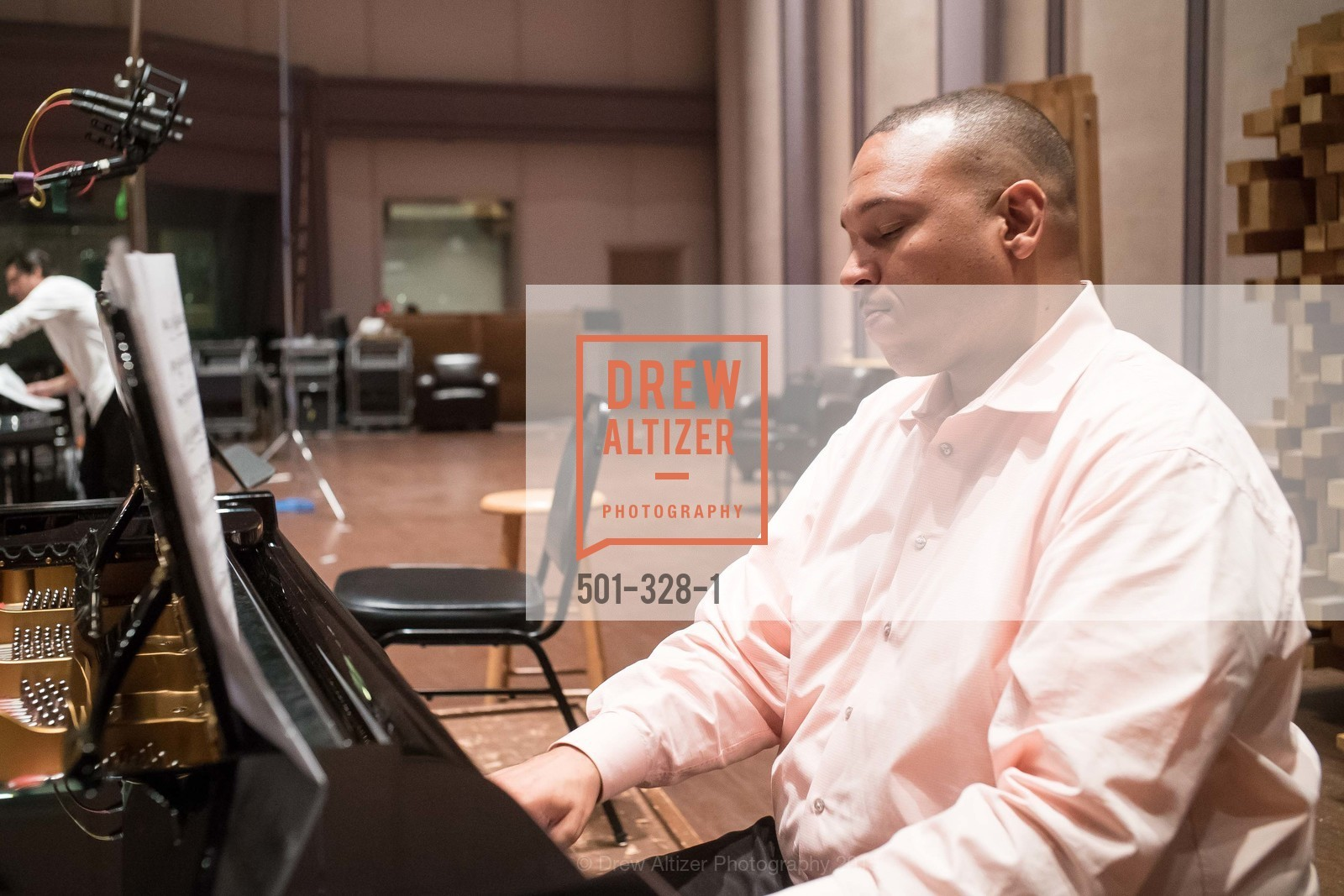 Top Picks, Lester Lynch Recording Project, September 30th, 2015, Photo,Drew Altizer, Drew Altizer Photography, full-service agency, private events, San Francisco photographer, photographer california