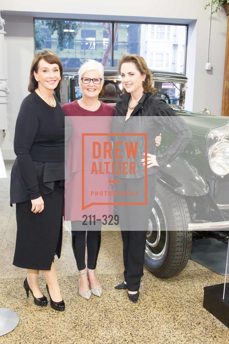Elisa Stephens, Mary Scott, Lisa Harris, Photo #211-329