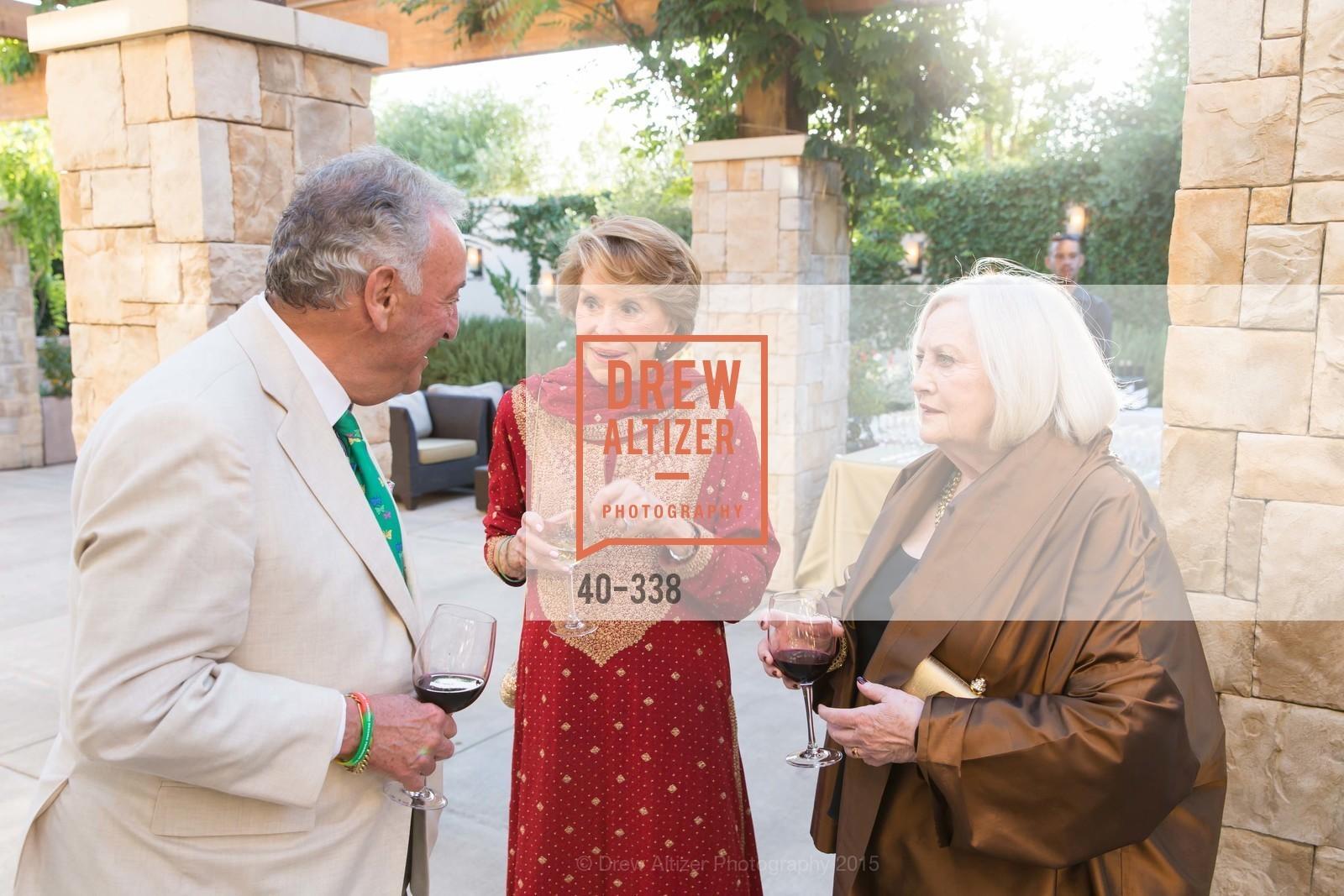 Sandy Weill, Joan Weill, Carmen Lasky, Photo #40-338