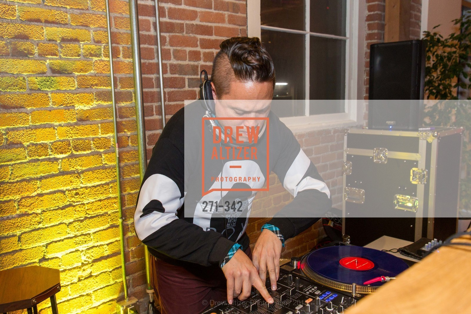 Dj, Fortune's 40 Under 40 Party, GitHub HQ. 88 Colin P Kelly Jr St, October 7th, 2015,Drew Altizer, Drew Altizer Photography, full-service agency, private events, San Francisco photographer, photographer california