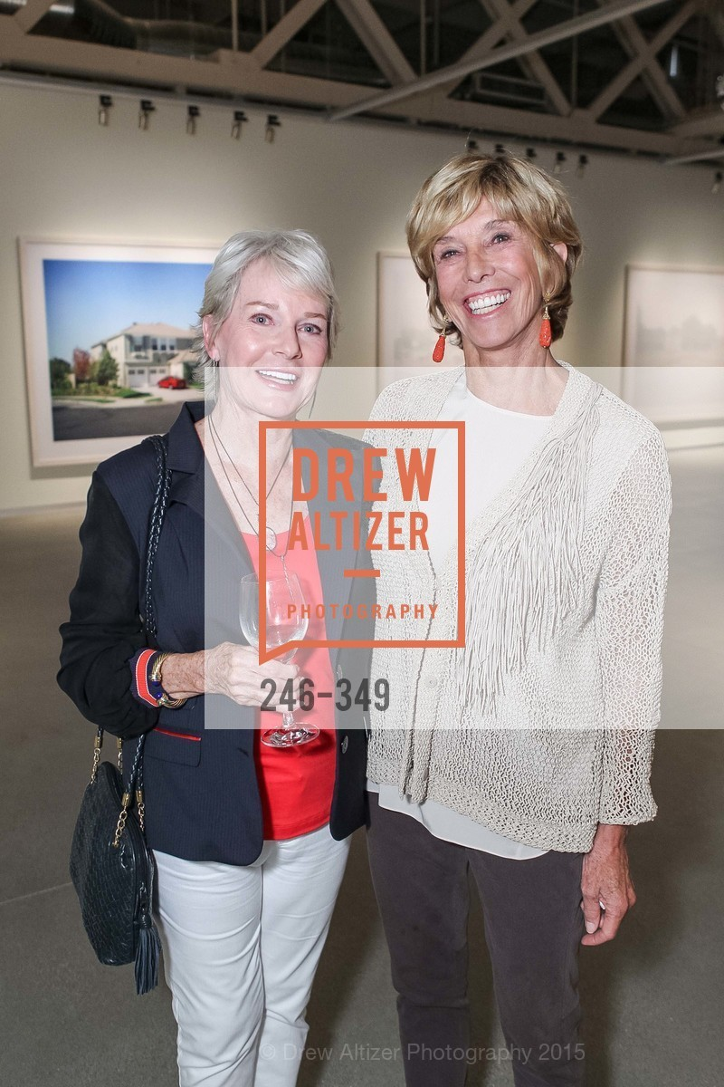 Adriel Doyle, Mary Pilara, Cocktails on the Pier- A BASIC Fund Thank You, Pier 24 Photography. 24 Pier The Embarcadero, October 8th, 2015,Drew Altizer, Drew Altizer Photography, full-service agency, private events, San Francisco photographer, photographer california