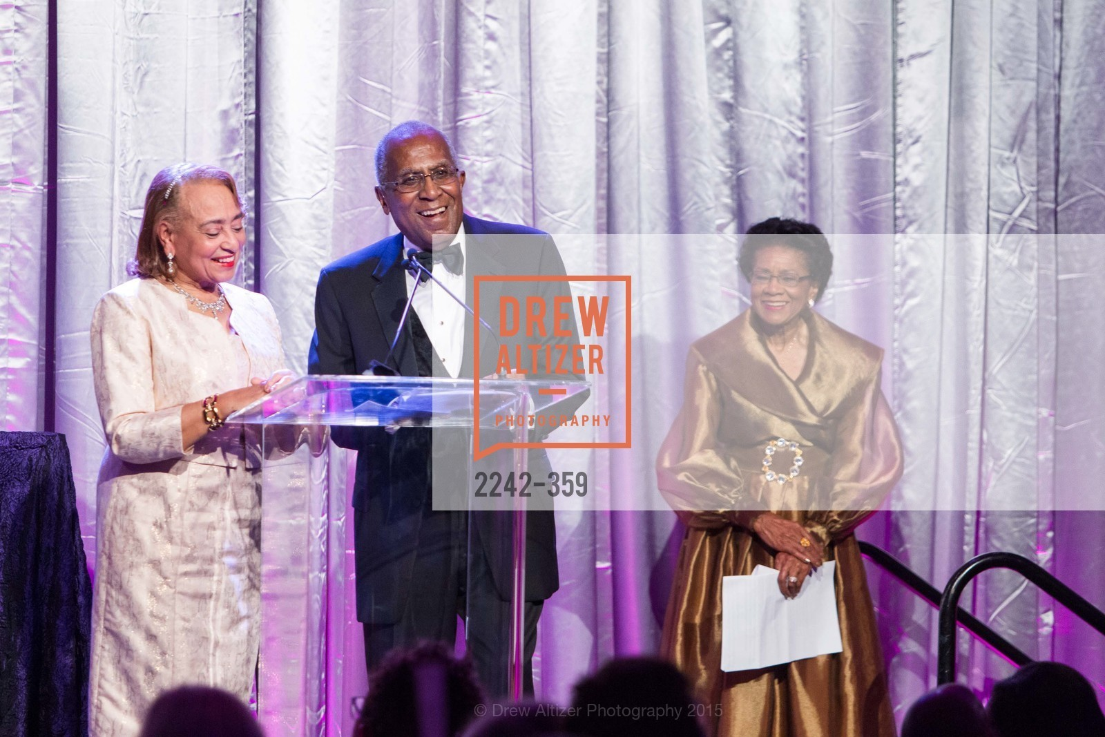 Jewelle Taylor Gibbs, James Lowell Gibbs, Belva Davis, 2015 MoAD Gala: Finding the I in Diaspora, MoAD Museum & The St. Regis, October 10th, 2015,Drew Altizer, Drew Altizer Photography, full-service event agency, private events, San Francisco photographer, photographer California