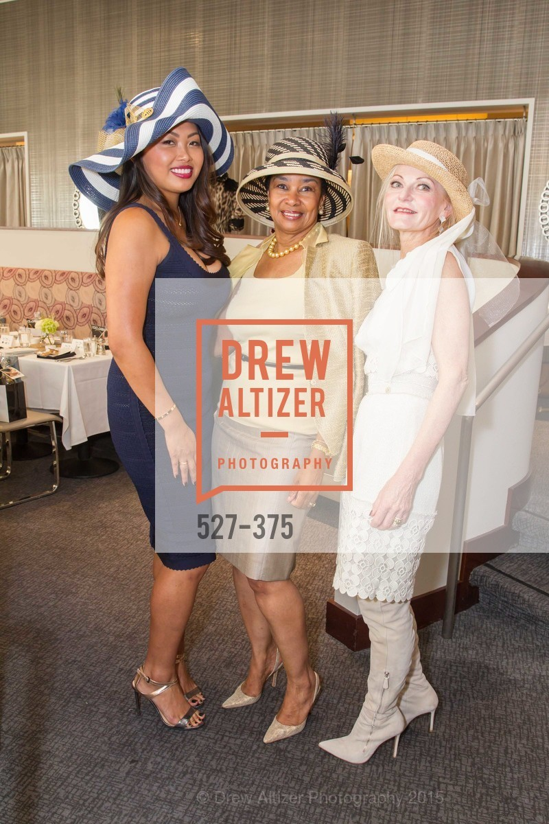 Sunnie Heng, Anette Harris, Diane Carlson, SF Zoo Auxiliary Hosts Birds of a Feather Luncheon, Neiman Marcus, Rotunda. Level Four, 150 Stockton St, October 14th, 2015,Drew Altizer, Drew Altizer Photography, full-service agency, private events, San Francisco photographer, photographer california