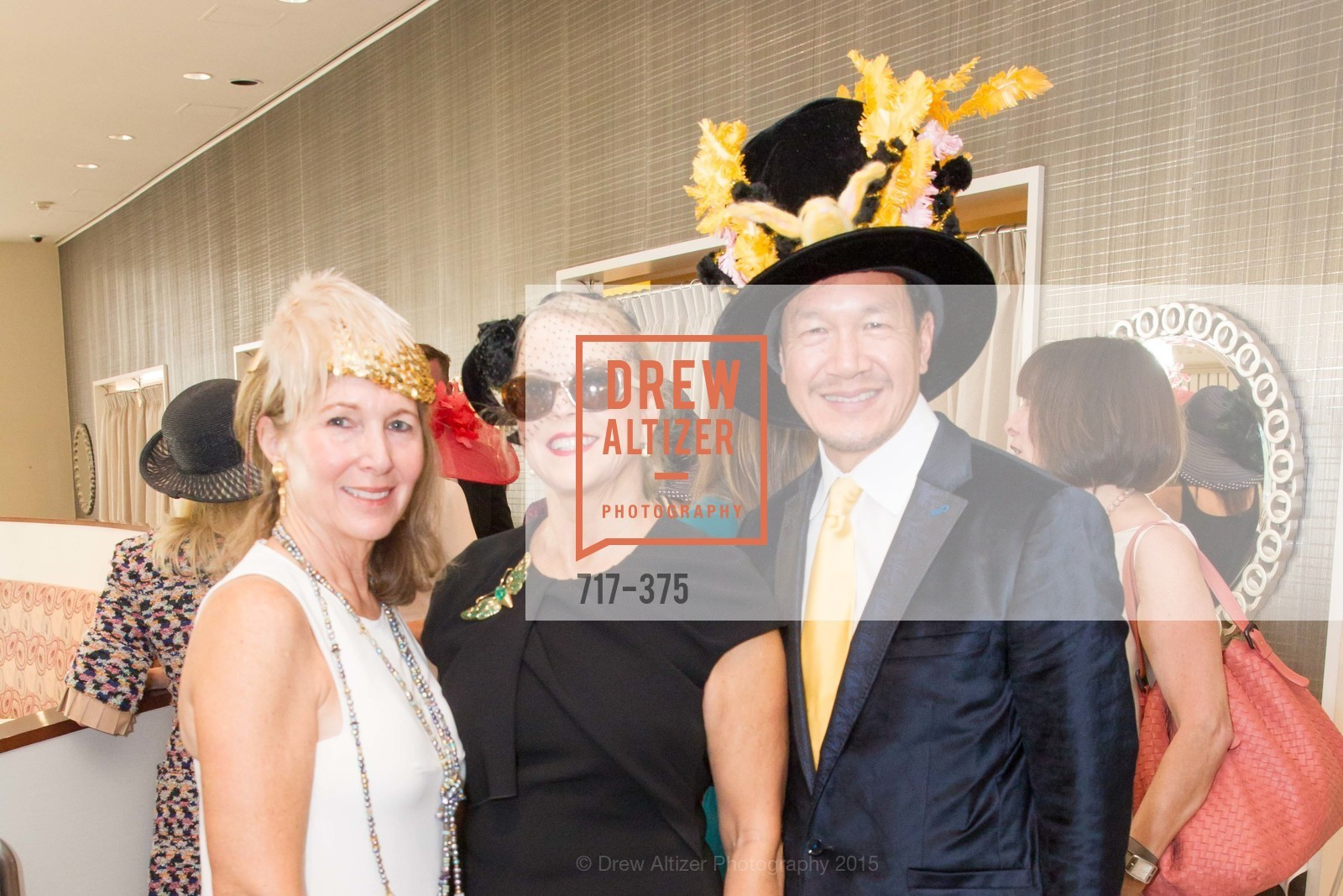 Janie Friend, Nonie Green, Tim Wu, SF Zoo Auxiliary Hosts Birds of a Feather Luncheon, Neiman Marcus, Rotunda. Level Four, 150 Stockton St, October 14th, 2015,Drew Altizer, Drew Altizer Photography, full-service agency, private events, San Francisco photographer, photographer california