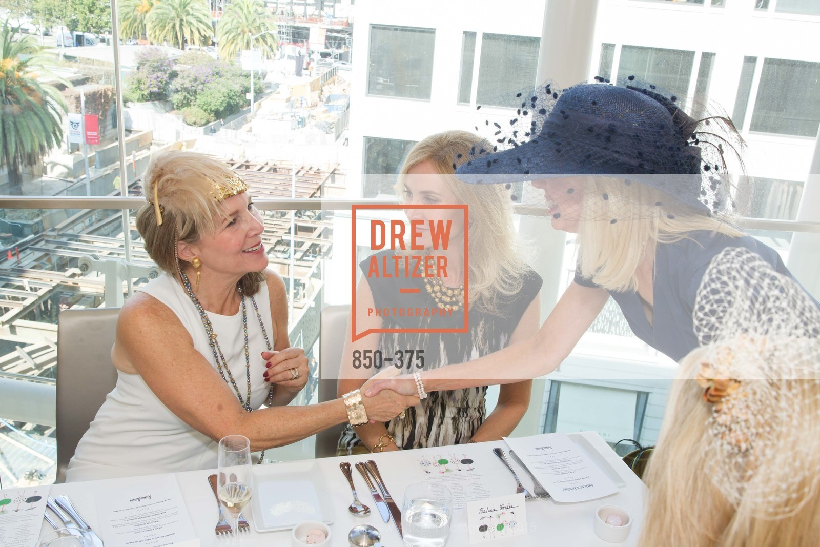 Janie Friend, Melanie Hoffer, SF Zoo Auxiliary Hosts Birds of a Feather Luncheon, Neiman Marcus, Rotunda. Level Four, 150 Stockton St, October 14th, 2015,Drew Altizer, Drew Altizer Photography, full-service agency, private events, San Francisco photographer, photographer california