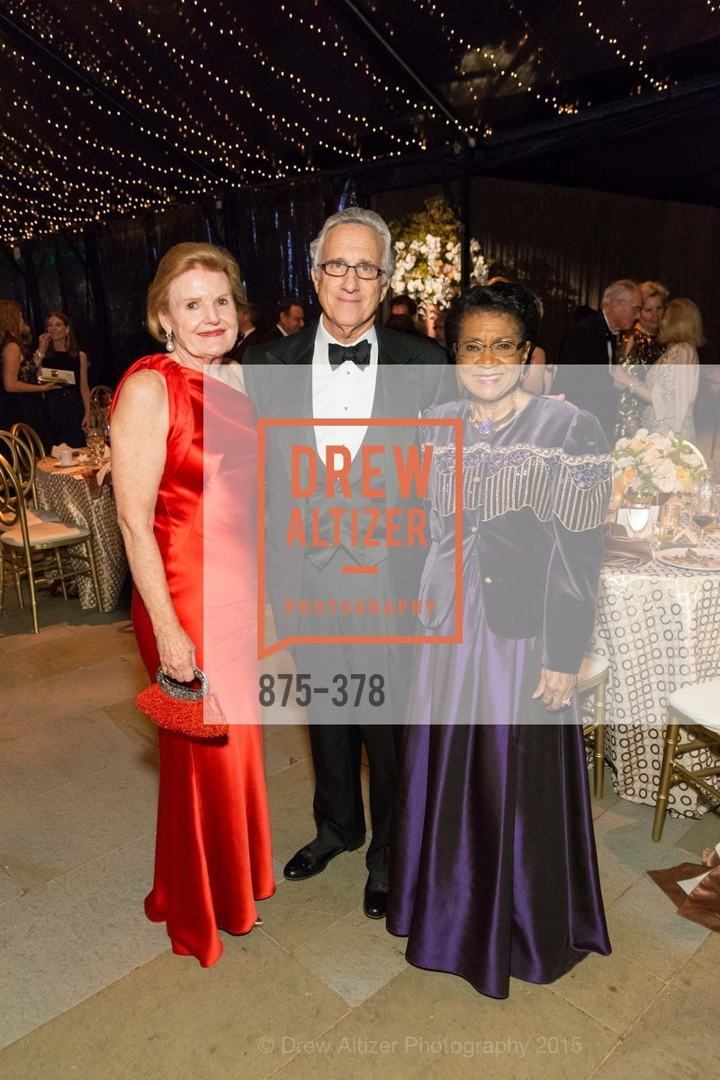 Belva Davis, Tenth Anniversary Celebration of the New de Young  Museum, de Young Museum. 50 Hagiwara Tea Garden Dr, October 14th, 2015,Drew Altizer, Drew Altizer Photography, full-service agency, private events, San Francisco photographer, photographer california