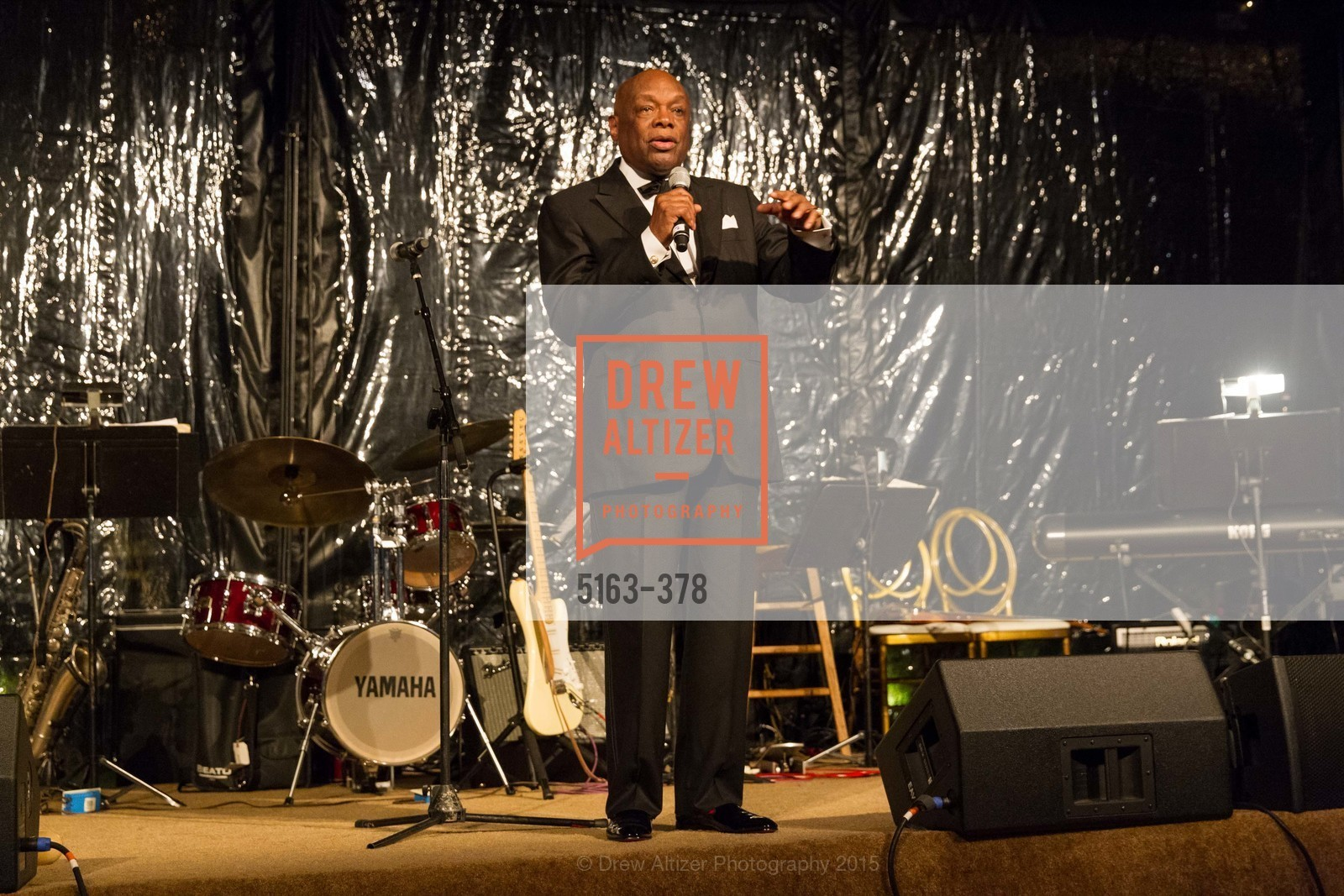 Willie Brown, Tenth Anniversary Celebration of the New de Young  Museum, de Young Museum. 50 Hagiwara Tea Garden Dr, October 14th, 2015,Drew Altizer, Drew Altizer Photography, full-service event agency, private events, San Francisco photographer, photographer California
