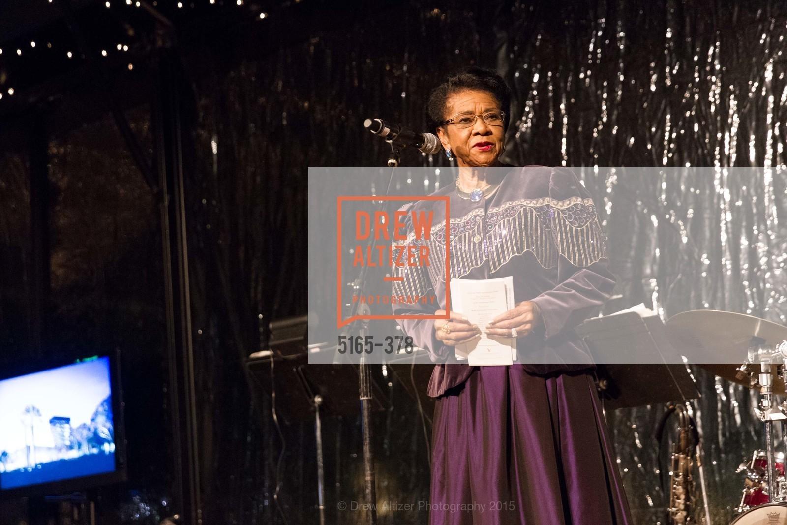 Belva Davis, Tenth Anniversary Celebration of the New de Young  Museum, de Young Museum. 50 Hagiwara Tea Garden Dr, October 14th, 2015