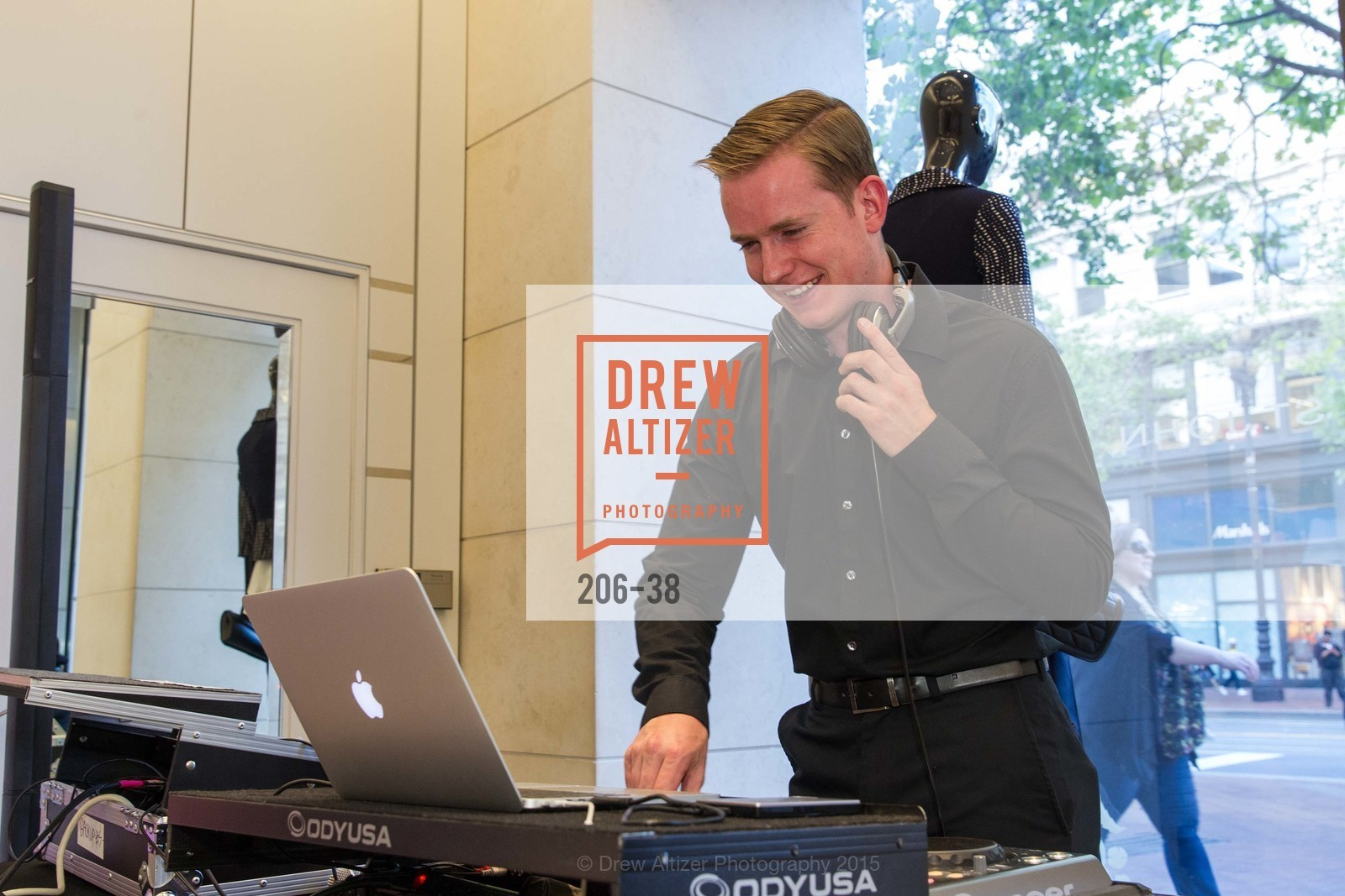 Dj, SF BALLET at St. John Boutique, Four Seasons Hotel. 767A Market Street, Suite B, April 15th, 2015,Drew Altizer, Drew Altizer Photography, full-service event agency, private events, San Francisco photographer, photographer California