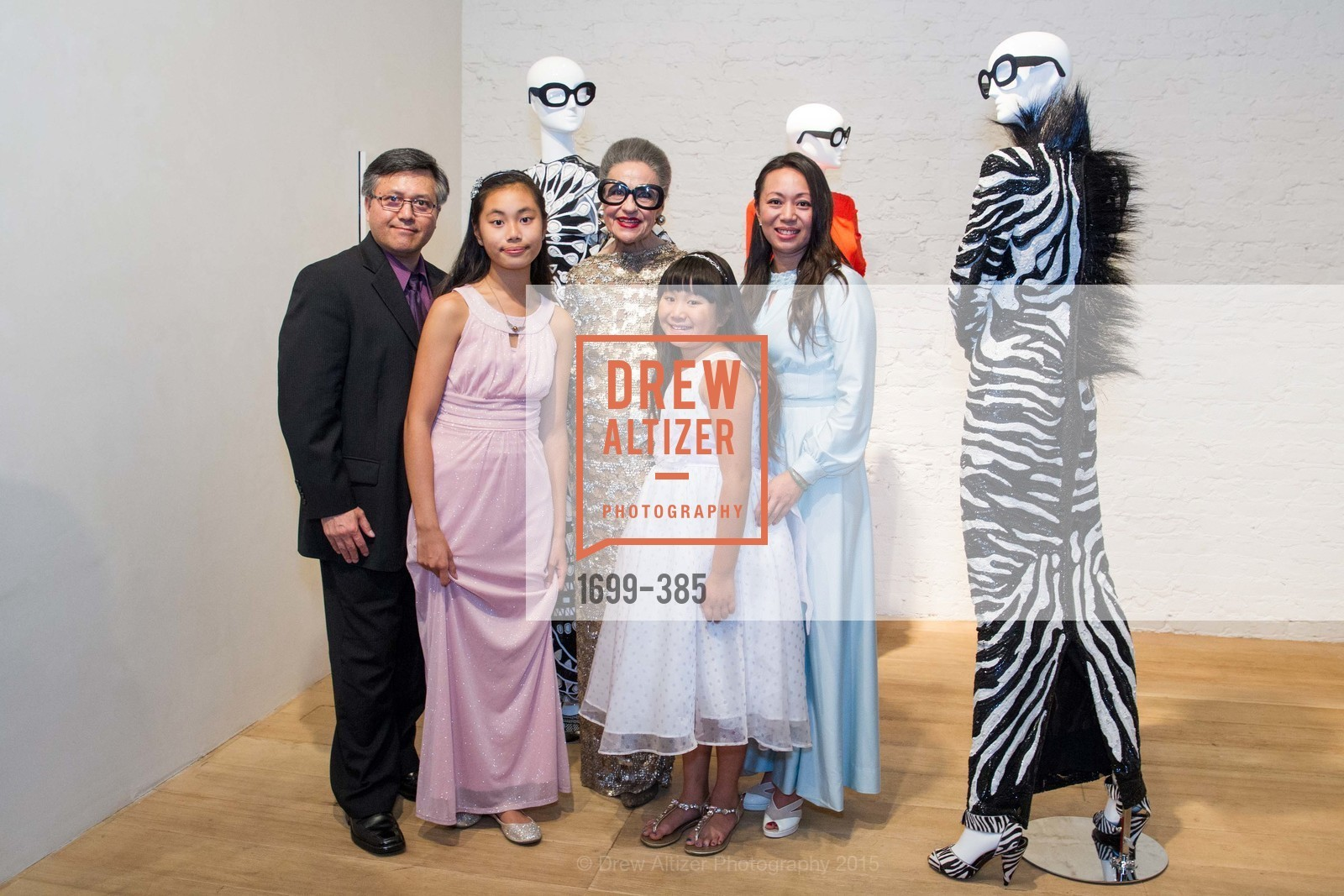 Kevin Hoang, Ruby Luu, Joy Venturini Bianchi, Phianna Luu, Sarah Hoang, Celebrating Life through Fashion A Retrospective: Collection of Joy Venturini Bianchi to benefit those who are developmentally disabled, Hedge Gallery. 501 Pacific Ave, October 17th, 2015,Drew Altizer, Drew Altizer Photography, full-service agency, private events, San Francisco photographer, photographer california