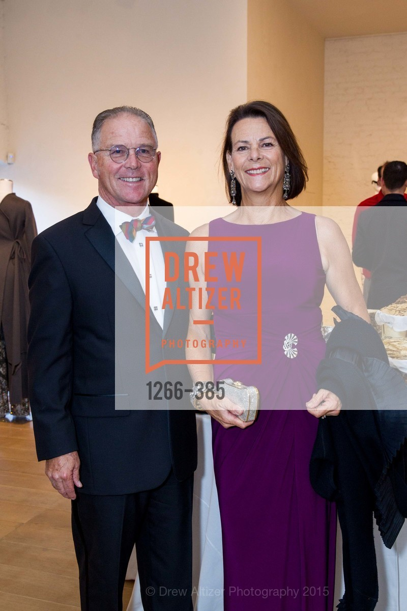 Robert Kelley, Carrie Kelley, Celebrating Life through Fashion A Retrospective: Collection of Joy Venturini Bianchi to benefit those who are developmentally disabled, Hedge Gallery. 501 Pacific Ave, October 17th, 2015,Drew Altizer, Drew Altizer Photography, full-service event agency, private events, San Francisco photographer, photographer California