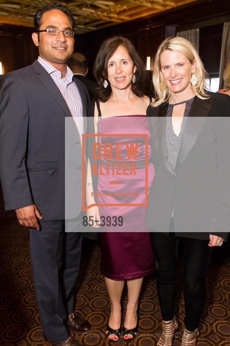 Mainuel Islam, Tara Farnsworth, Marie Hurabiell, Photo #85-3939