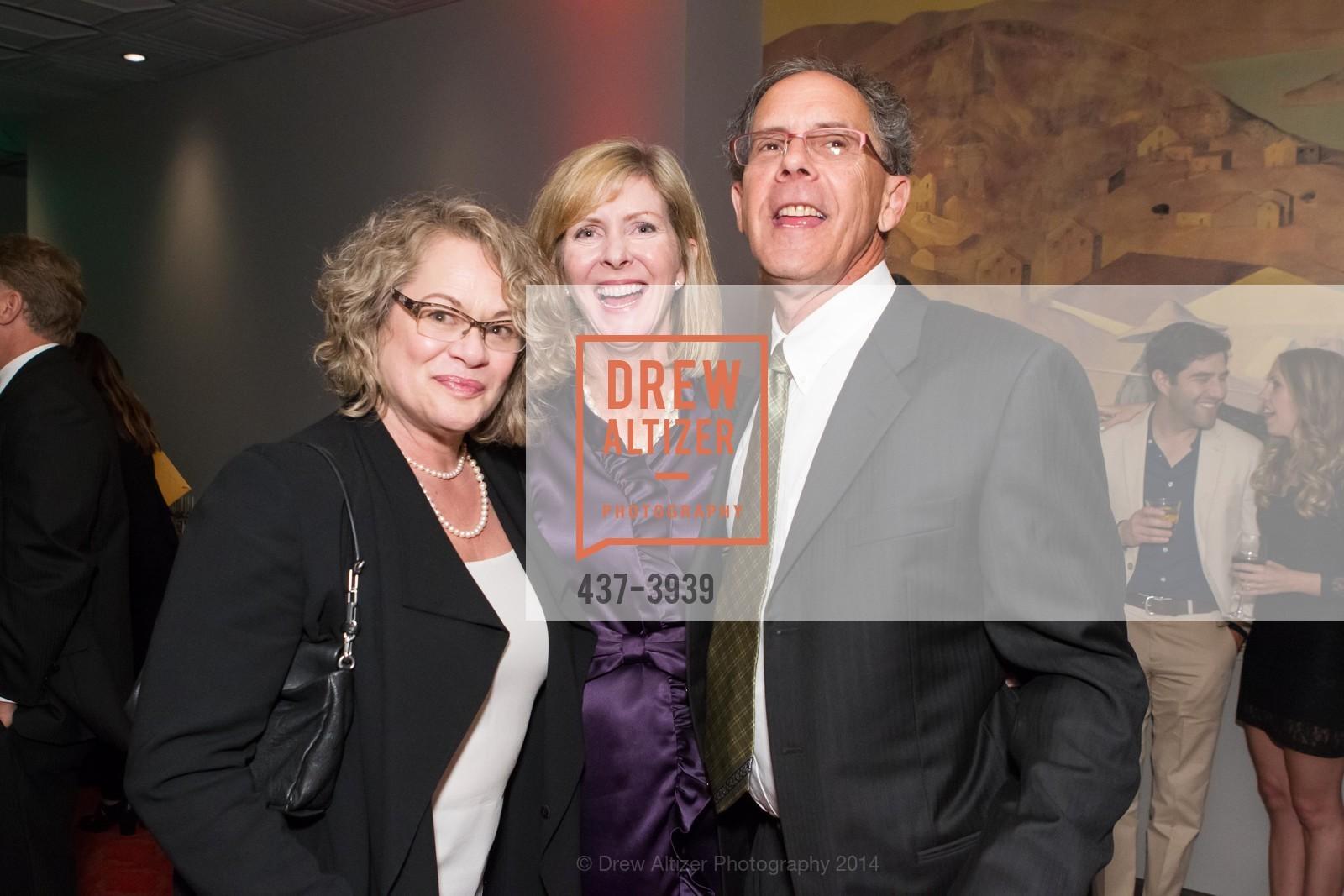 Liz Howitt, Kathy Oerti, Matthew Howitt, Photo #437-3939