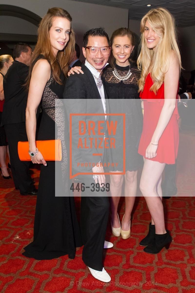 Rachel Sitz, Lorence Manansala, Michelle Barrett, Jen Kay, Photo #446-3939