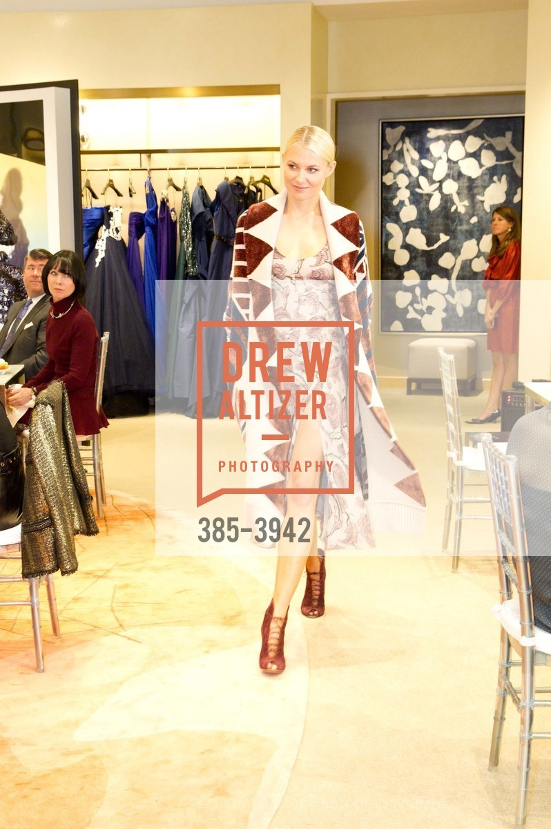 Fashion Show, Photo #385-3942