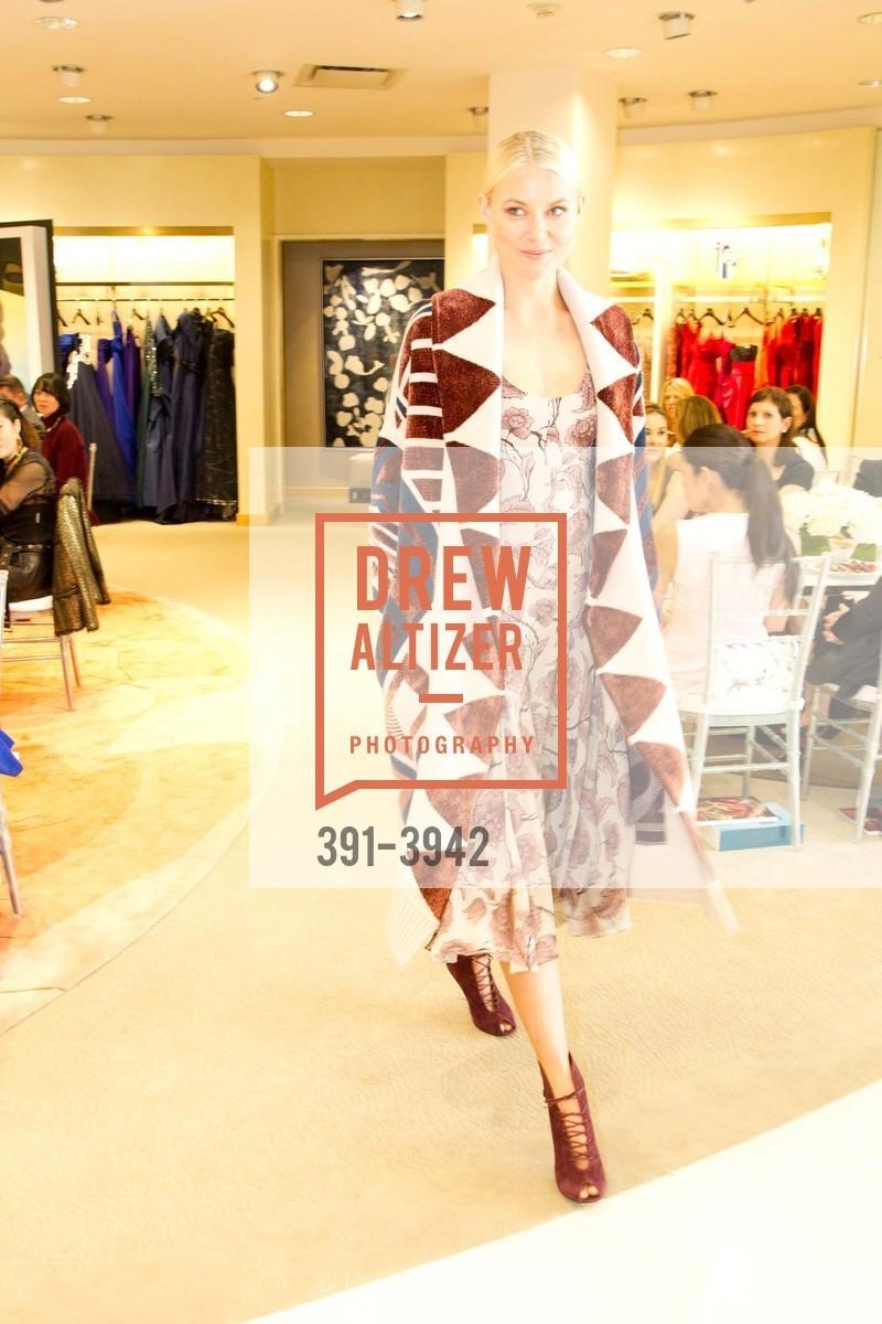 Fashion Show, Photo #391-3942