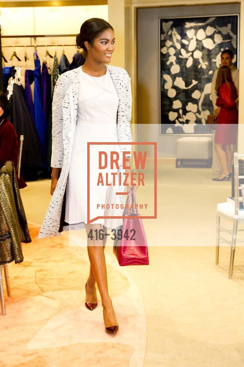 Fashion Show, Photo #416-3942
