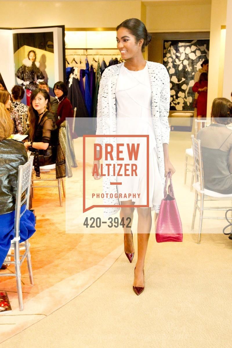 Fashion Show, Photo #420-3942