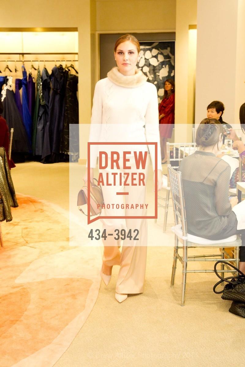 Fashion Show, Photo #434-3942