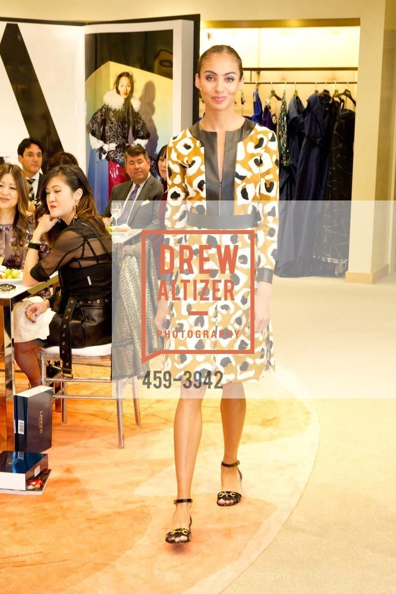 Fashion Show, Photo #459-3942