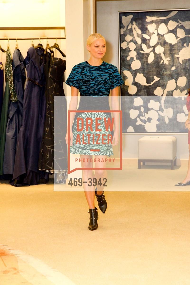 Fashion Show, Photo #469-3942