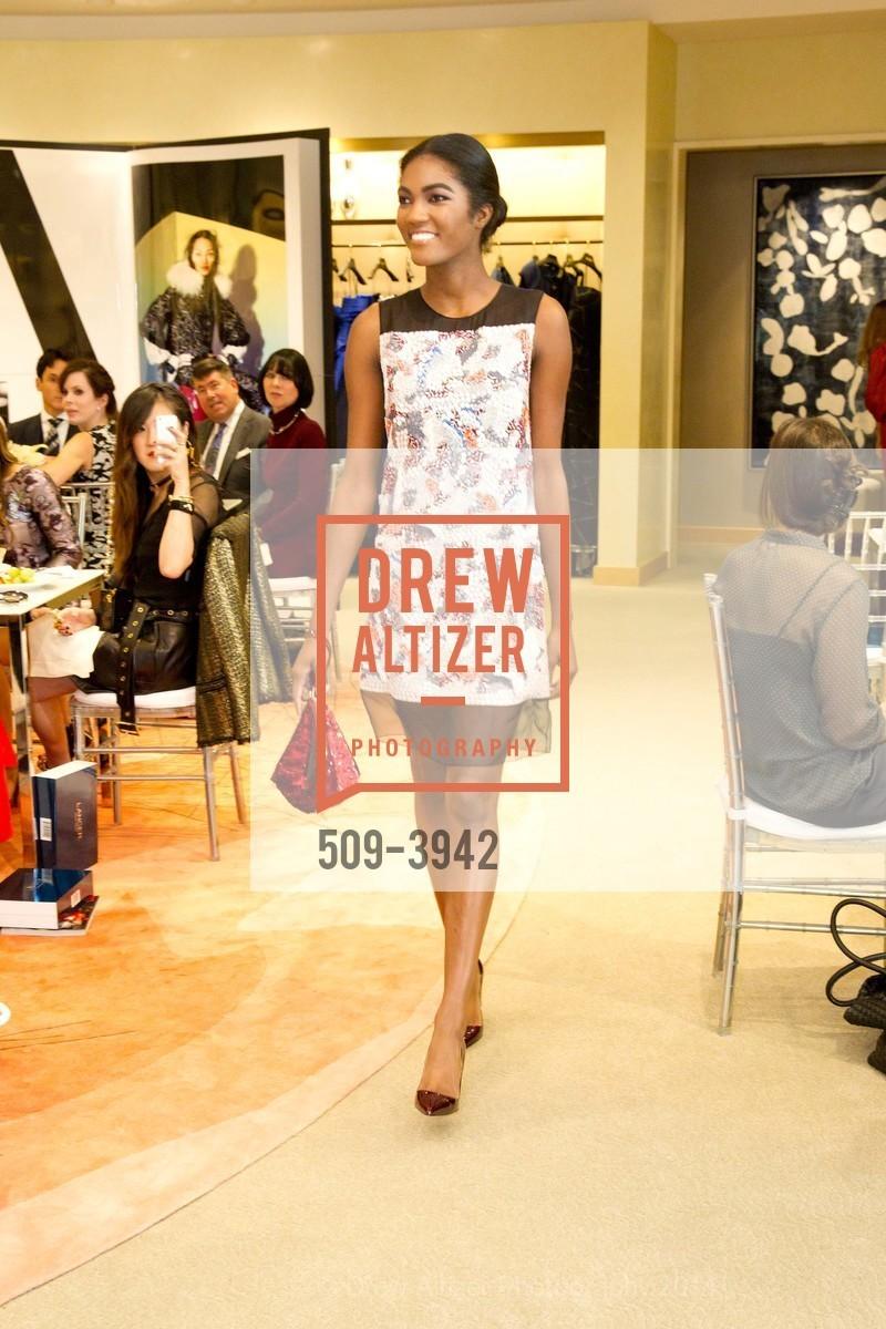Fashion Show, Photo #509-3942