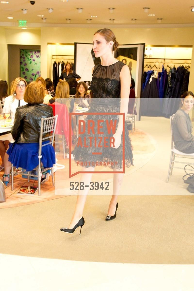 Fashion Show, Photo #528-3942