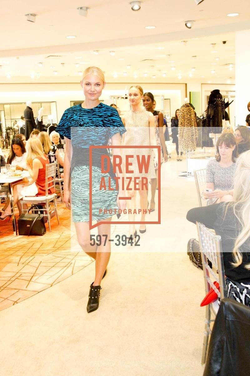 Fashion Show, Photo #597-3942
