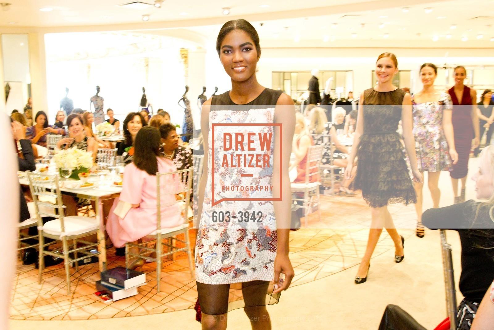 Fashion Show, Photo #603-3942