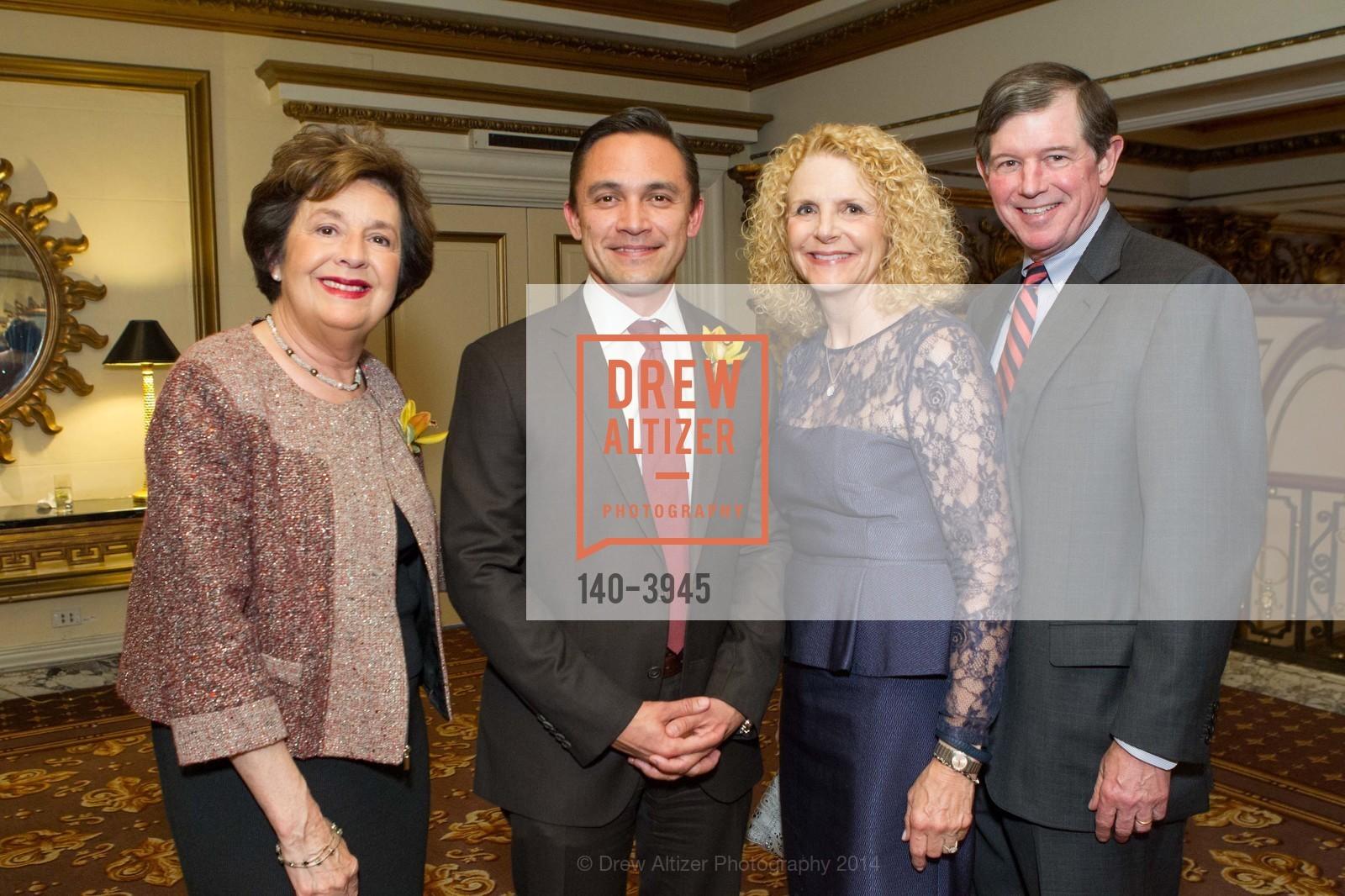 Aida Alvarez, Ezra Garrett, Sarah Earley, Tony Earley, Photo #140-3945
