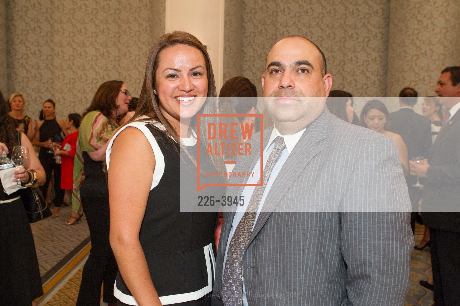 Jenny Baltovano, Alex Solorzano, Photo #226-3945